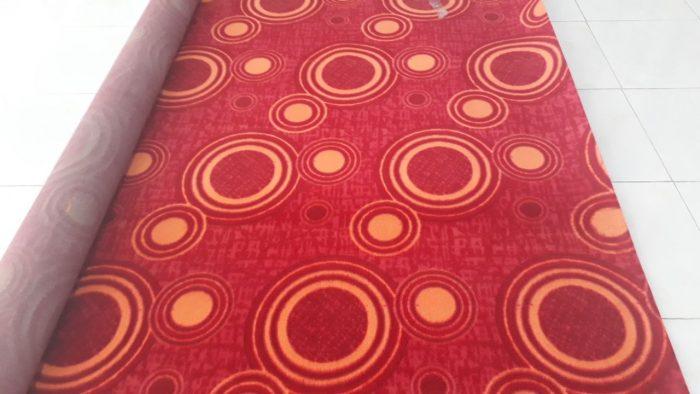 طرح کلاره رنگ قرمز عرض ۴ موکت پارس